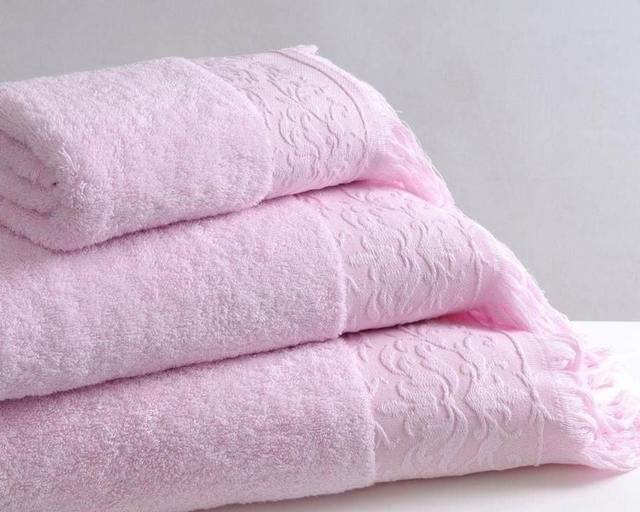 Розовые полотенца