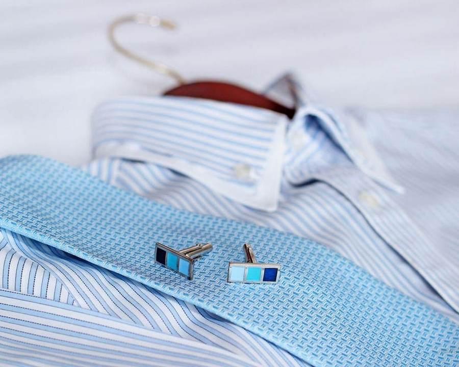 Мужская рубашка и галстук с запонками