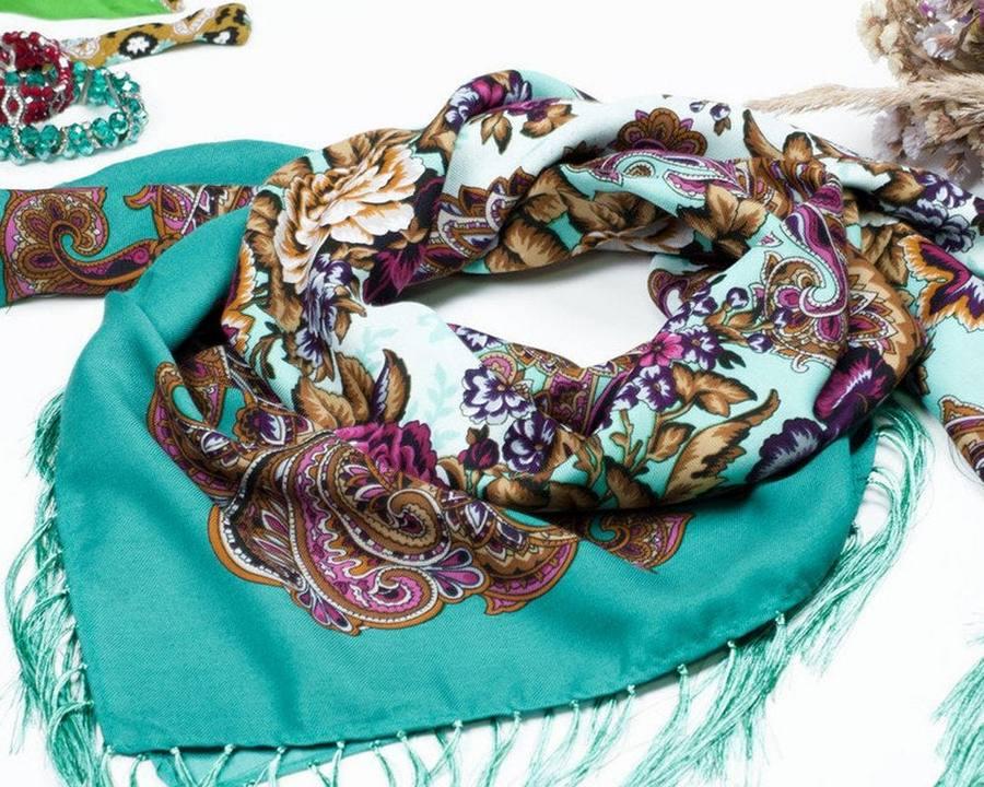Шерстяной платок бирюзовый