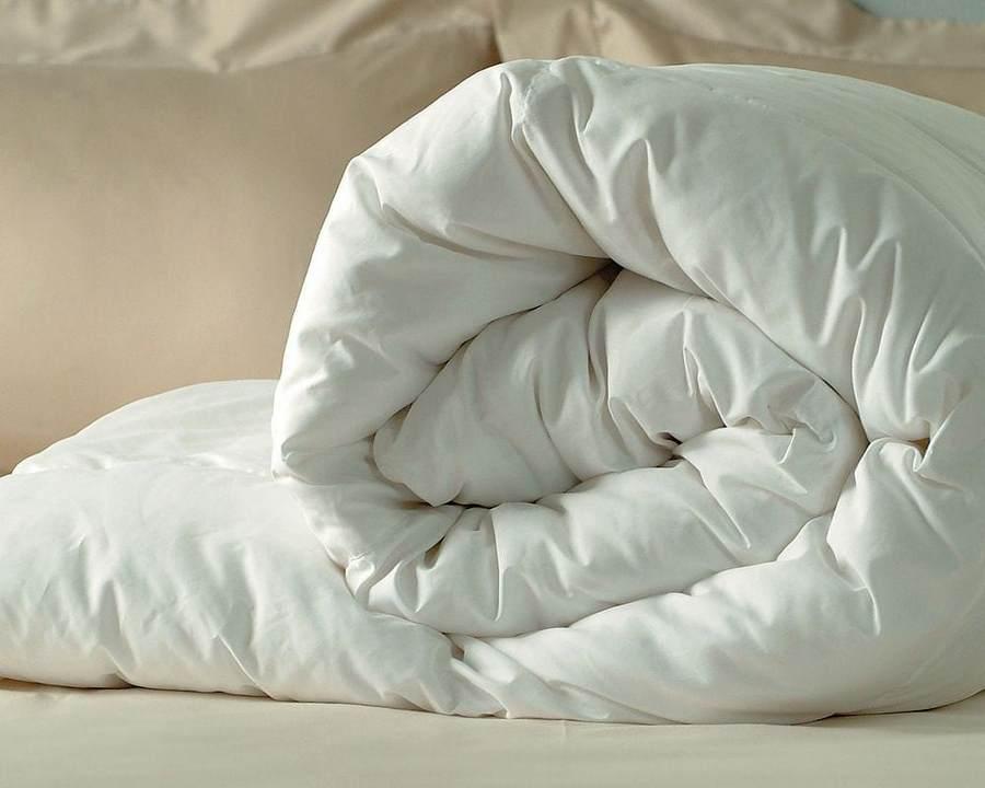Как правильно стирать и сушить верблюжье одеяло