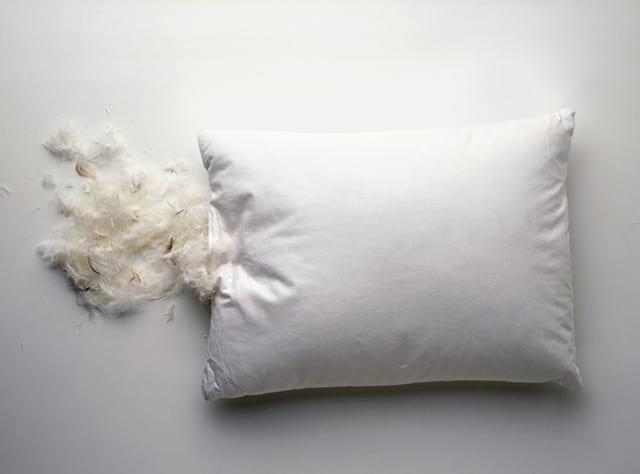 пух в подушке