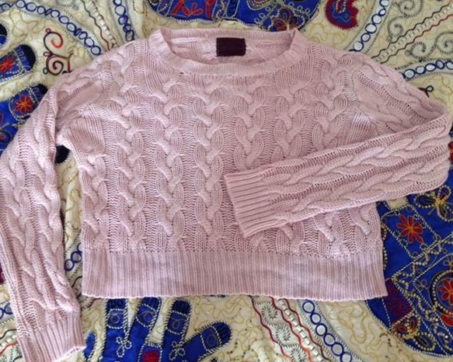 Растянутый свитер