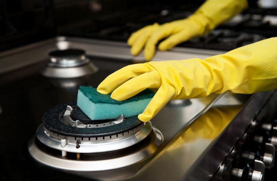 Мытье плиты и конфорок