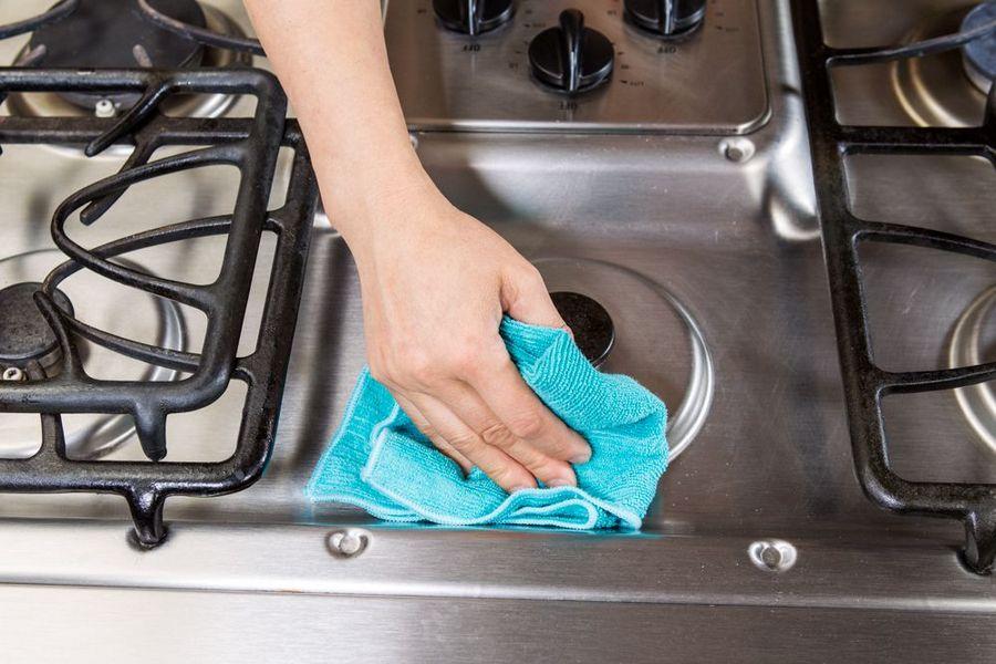 Средства для мытья разных элементов плиты