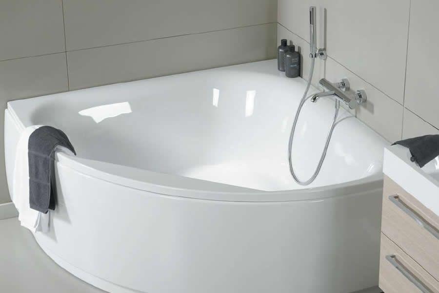 Ухаживаем за акриловой ванной правильно