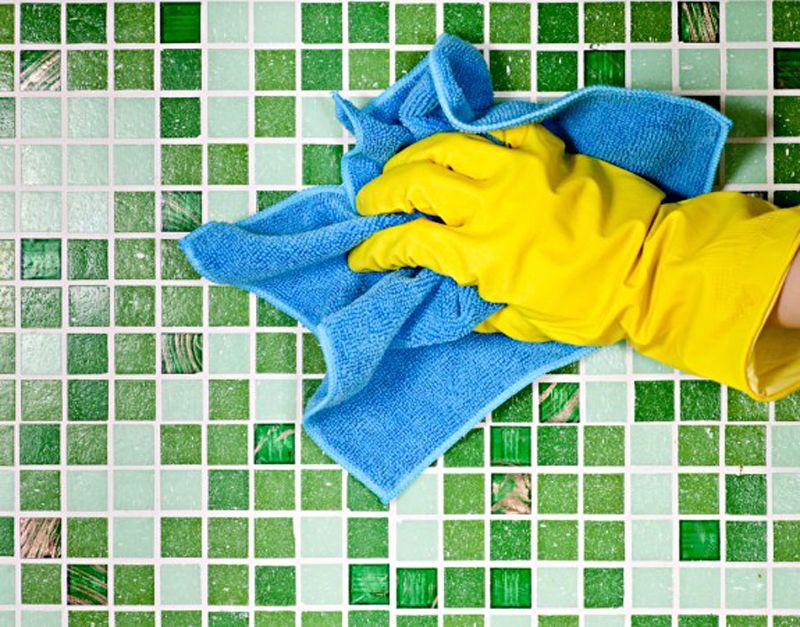 чистка кафельной плитки