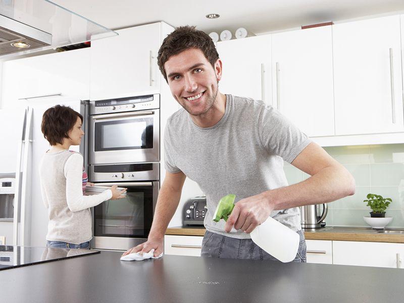 Выбираем средства для чистки глянцевого кухонного гарнитура